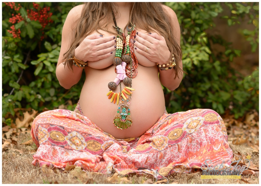 pregnant woman in fashion photo shoot