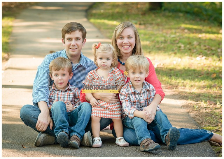 family with twin boys and baby girl