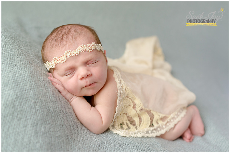 newborn photographer greer sc